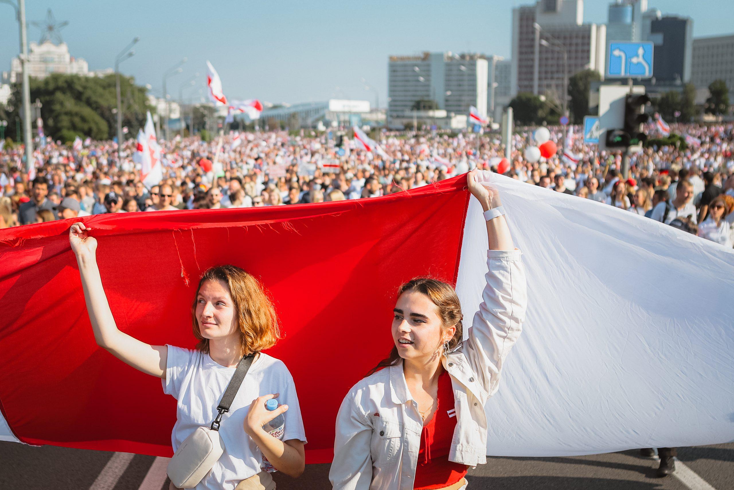 Protestera. Visa solidaritet. – Intervju med Dmitri Plax om situationen i Belarus